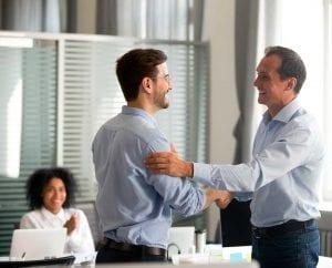 Recompensa: a importância do reconhecimento no trabalho.