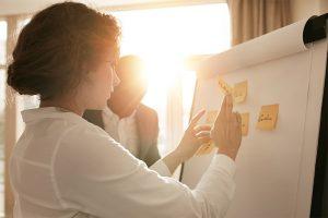 Passo a passo de como fazer um planejamento de marketing e vendas