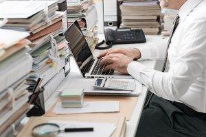 Por que é preciso contratar um contador para a sua empresa para lidar com a burocracia